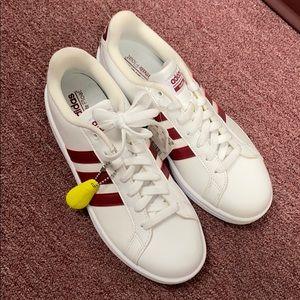 Adidas grand court tennis shoes